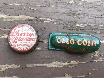 VINTAGE Cleo Cola Clicker & Cherry Blossoms Soda POP Bottle Cork Cap Crown