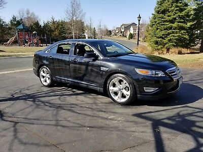 2011 Ford Taurus SHO Sedan 4-Door 2011 Ford Taurus SHO