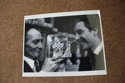Hammer Horror - Peter Cushing & Christopher Lee - Rare 10X8 Photo