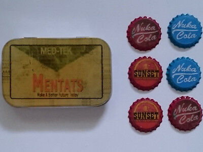 Fallout 3 - Med-Tek Box plus 6 Nuka Cola Kronkorken Bottle Caps