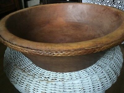 """Fantastic old wooden large hand made bowl with sea grass edges 12""""(31cm)"""