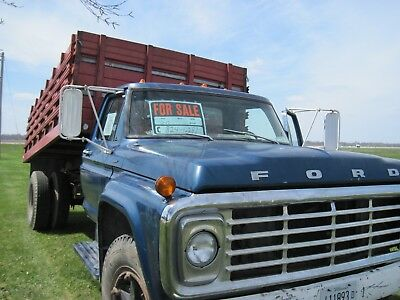 1974 Ford Other  1974 Ford F-600 Dump Truck