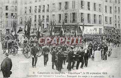 REPRO Catastrophe of the Airship Republic Funerailles on September 25th  1909 o