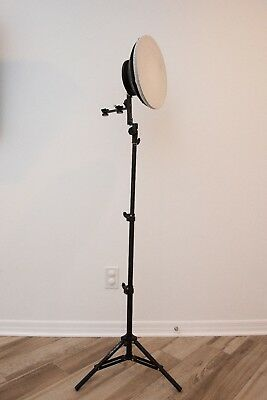 12 inch white beauty dish diffuser with 4 foot LS 1100 light stand-Used