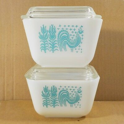 2 Pyrex Amish Butterprint Refrigerator Dishes with Lids 501 Turquoise