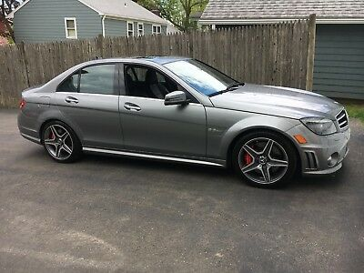 2010 Mercedes-Benz C-Class  Mercedes-Benz c63 AMG 2010