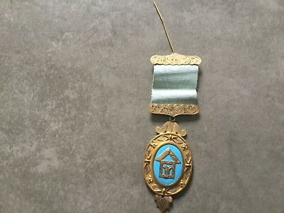 9ct Solid Gold Enamelled Masonic Free Mason Medal 33.56 gms total weight