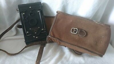 vintage camera Rajar no6 with leather case