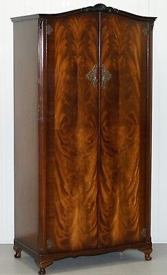 Hand Made In England Beautiful 1/4 Cut Walnut N Norman London Single Wardrobe