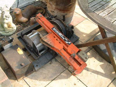 hiab and winch and 12 volt hydraulic power pack