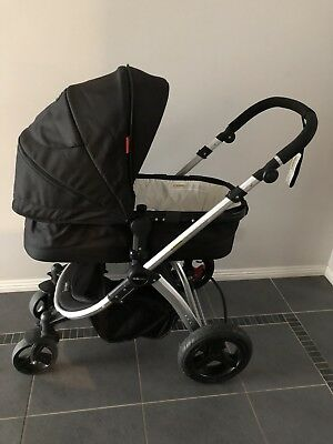 Redsbaby Bounce pram 2016 with Maxi Cosi adapters