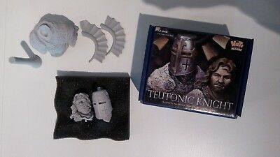 Teutonic Knight Bust Nuts Planet