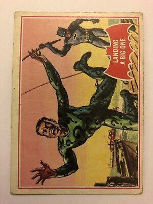 1966 Batman Scanlens Card Series A - Red Bat Set #11 Landing A Big One 11A