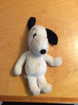 Inch Vintage Peanuts Snoopy Plush Doll United Feature Syndicate Inc 1968