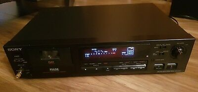 Sony DTC-690 Dat Recorder - excellent condition  with remote control