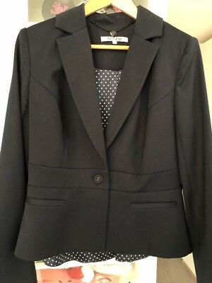 Review Navy Skirt suit