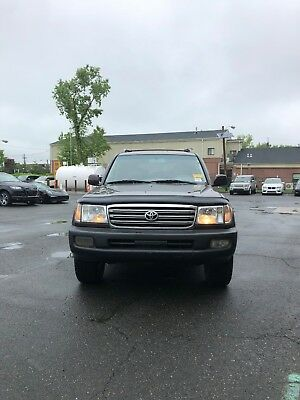 2005 Toyota Land Cruiser  2005 Toyota Land Cruiser Very Clean New Tires LOADED LOAED Runs & Drive Amazing