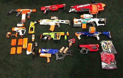 The Ultimate NERF GUN lot (11 with attachments). Manuel/Auto. Some ammo Included