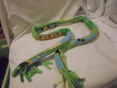 "Unisex Children's Green Robot Scarf 52"" Long 5.5"" Wide"