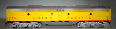 Weaver Models O Scale (1/48) 3 Rail E-8 B Diesel Electric Dummy Unit KF-423