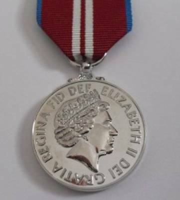 Medals - Queens Diamond Jubilee Medal And Ribbon - Full Size.