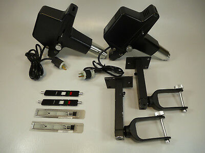 Lot 2x Topcon CP-5D Ophthalmic Eye Chart Projectors w/ Brackets & Slides
