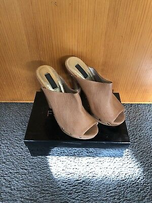 Forever New Heels Size 41