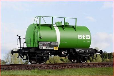 Kiss 1 Gauge Tank Wagon Tank Truck BFB with White Cigar Band New Sondermodell
