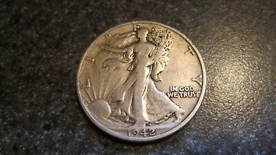 1942's WALKING LIBERTY SILVER HALF DOLLAR FINE/ VERY FINE  condition. NICE DATE