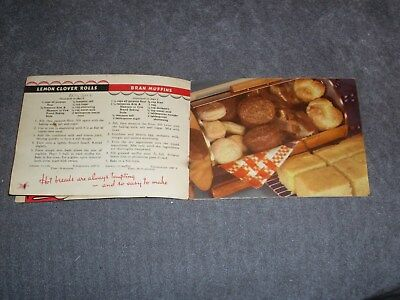 """Vintage """"Good Things To Eat"""" Arm & Hammer Recipe Booklet. Edition 124, 1939."""