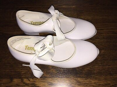 Tempo by Leo's Girls White Patent tap Dance shoes Size 13 1/2 M