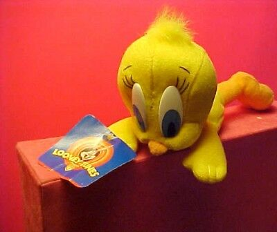 Vintage plush Tweety Bird  1997  original tags Warner Bros.