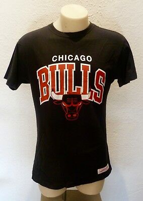Chicago Bulls Mitchell And Ness Vintage style T-shirt Size Small Jordan Pippen