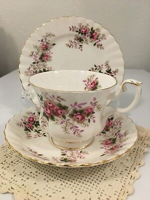 ROYAL ALBERT Bone China LAVENDAR ROSE Teacup Saucer and Small Bread Butter Plate