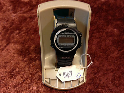 Vintage Lorus LCD watch,brand new in original box, mid size case,       M636/637