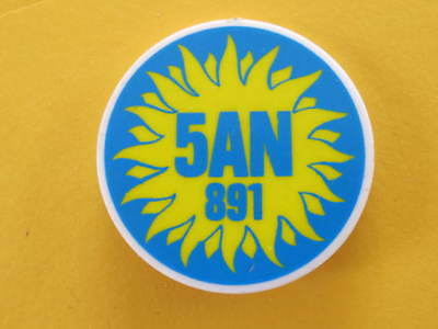 Radio 5AN 891 Badge Hard Plastic 45mm