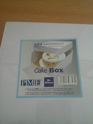 Cake decorating PME  cake box Size 8 inches.Cakes can be put in the box easily.