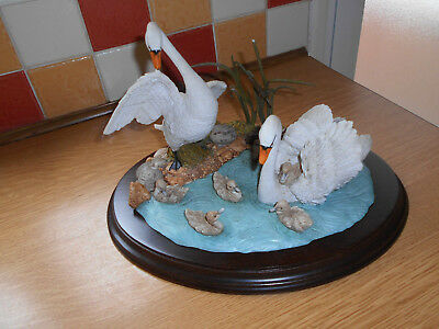 """Rare Country Artists """"Swan - family Group"""" CA 506"""