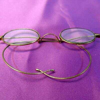 Antique Pair of Reading Glasses + Case, Collectable Lightweight Spectacles Lot2