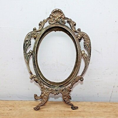 Old Antique Beautiful Handmade Victorian Style Cast Brass Table Photo Frame #95