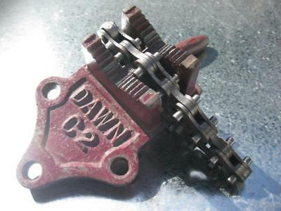 DAWN Pipe Vice C2 - CAT 60272 - Excellent original condition - Ready for work!