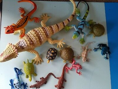 LOT OF 7 Rubber Reptile Figures Toys Turtles Frogs Lizards AAA Sea ...