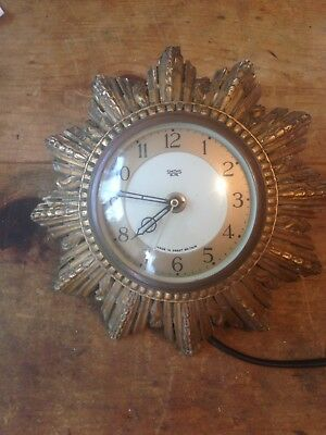 old antique smiths clock in working order