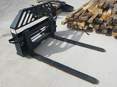 """2018 Extreme 48"""" Hydraulic Pallet Forks 4,000LBS Universal hook up"""