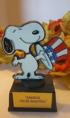 "Vintage Peanuts Snoopy ~~~ "" America, You're Beautiful "" Trophy ~~~ by Aviva"