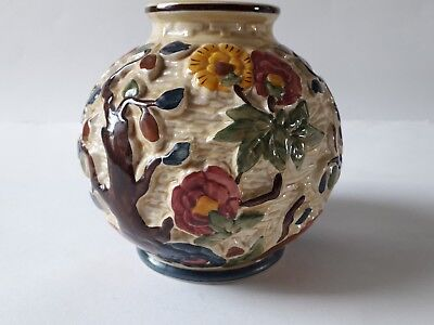 """""""Indian Tree"""" Vintage Hand-painted Floral Ball Vase / Pot by H J Wood. 12cm High"""