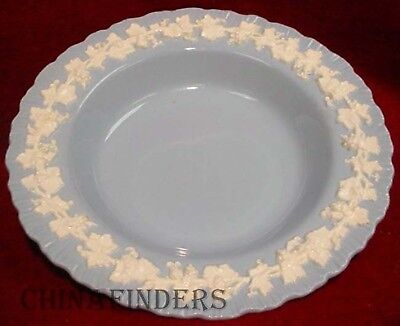 WEDGWOOD Queensware CREAM ON LAVENDER Shell Edge  Rim Soup/Salad Bowl  8-1/8""