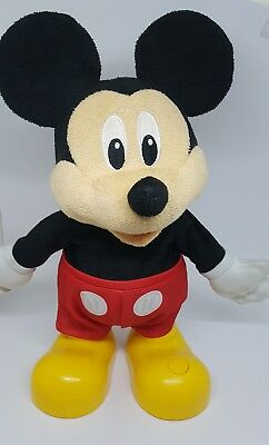 Dancing and Singing Mickey Mouse Disney Toy Fully tested and working VGC