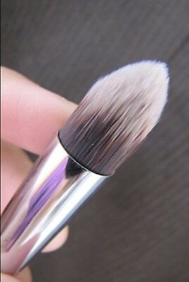 High Quality Tapered Concealer Brush