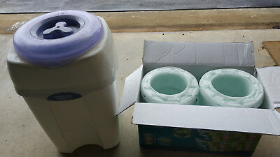 Tommee Tippee Sangenic Nappy Disposal System Bin+Refill Cassettes (LOCAL PICKUP)